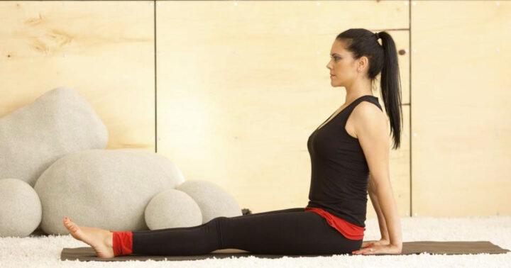 Йога против болки в коленете